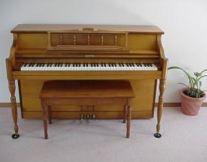 アコースティックピアノ聞き比べ